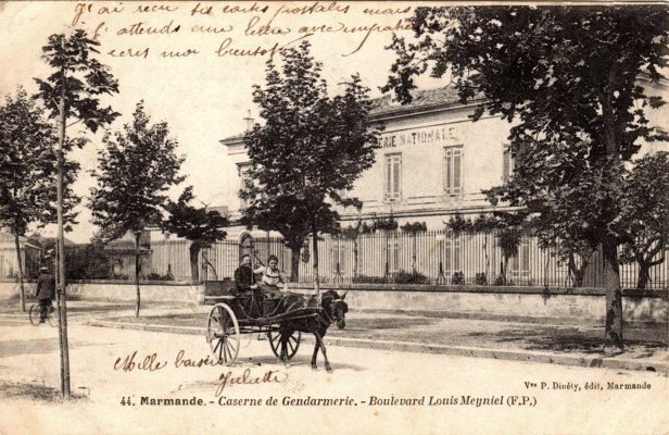 Caserne de gendarmerie