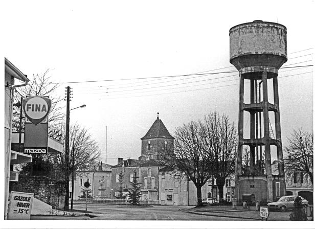 Château d'eau et garage Roger Lafore