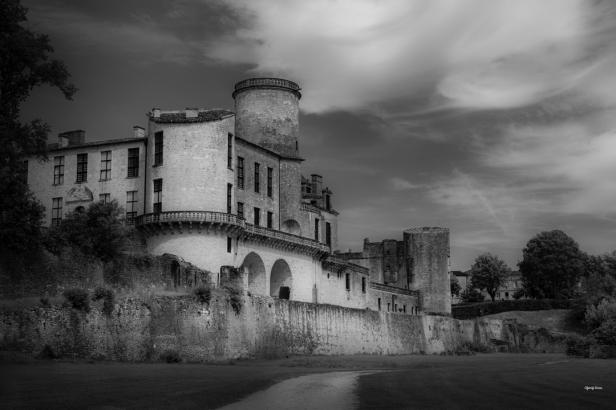 Château en noir et blanc