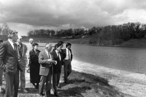 visite du Préfet Courtois 9-4-87 lac de St Sernin