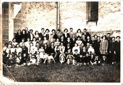 1 environ 1948 avec Monique Biot et Jean Pierre Laroumagne