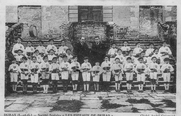 Société scolaire les pipeaux de Duras